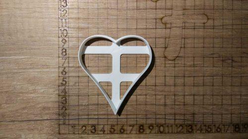 Formička - špicaté srdce